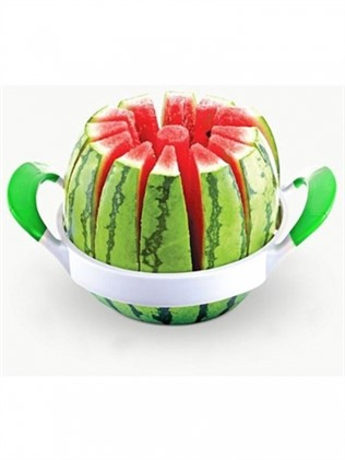 Cutter for watermelon, melon, pineapple, etc.