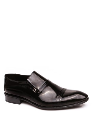 830 Black Laced Men's Shoe