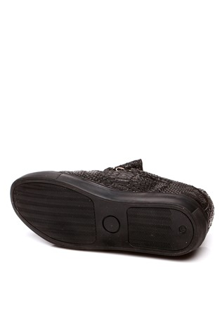 2402 Black man's shoe